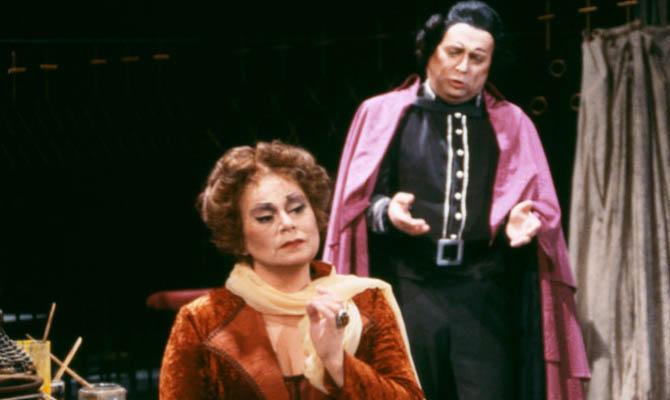 Karin Mang Habashi som Tosca