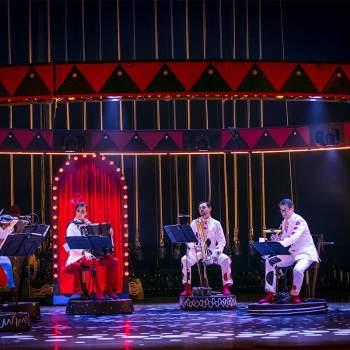 Circus days and nights